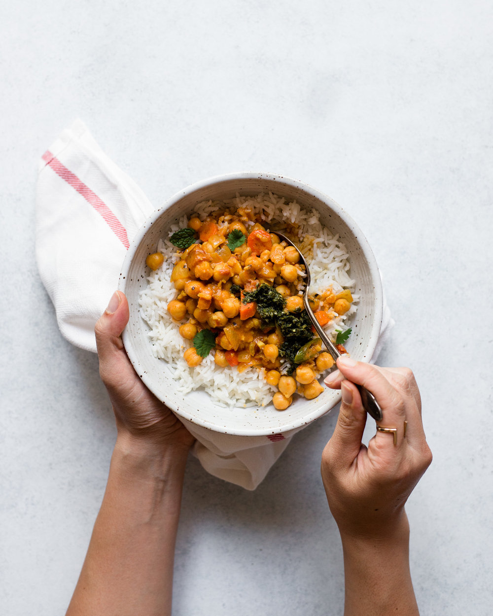 https://healthynibblesandbits.com/curried-chickpeas-mint-cilantro-chutney/