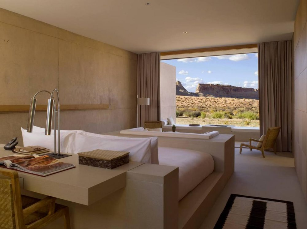 desert-view-suite-1400x600_0-Copy-1170x875.jpg