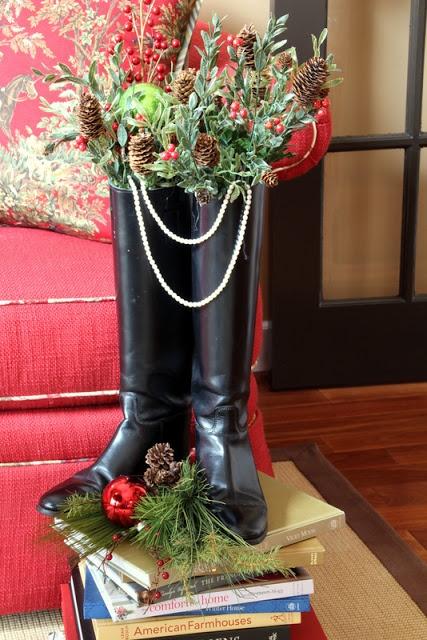 Equestrian Christmas Decor Image via Savvy Southern Style