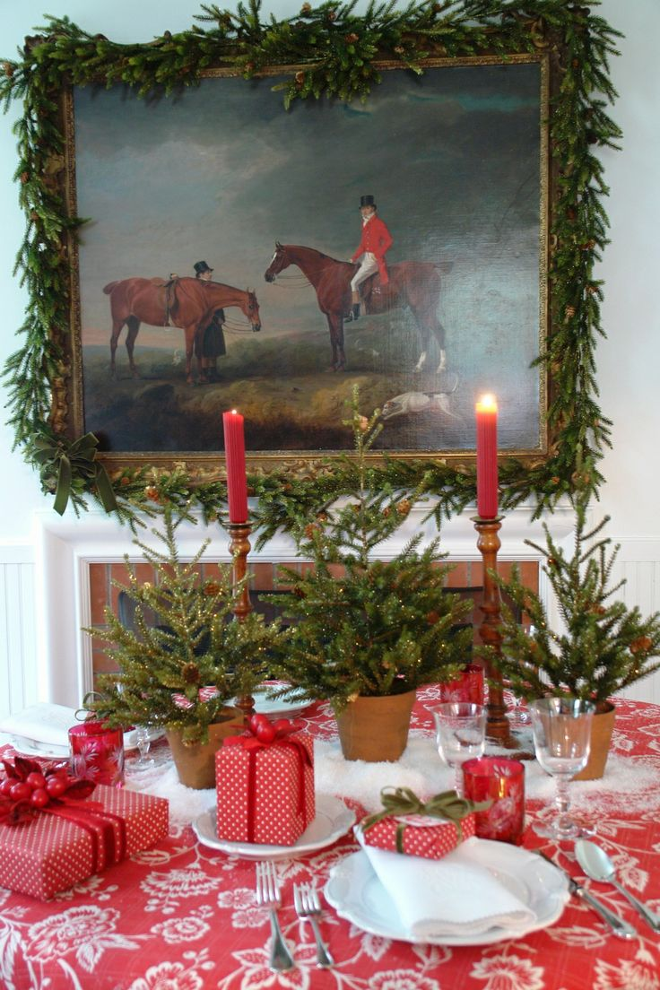 Equestrian Christmas Decor Image via Carolyn Roehm