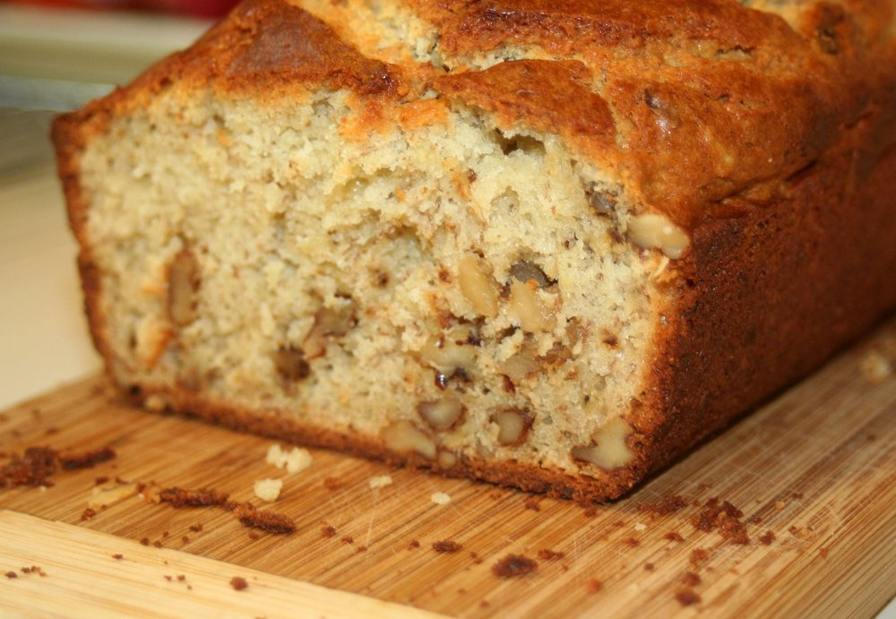 Emeril Lagasse's amazing banana bread via The Entertaining House