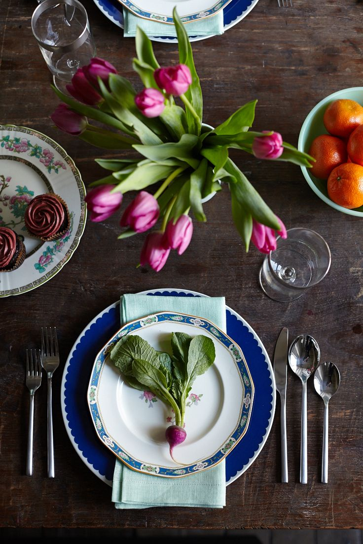 Camille Styles  shows us that an Easter brunch table can be bright, vibrant and rustic. Images via Rob Gullixson.