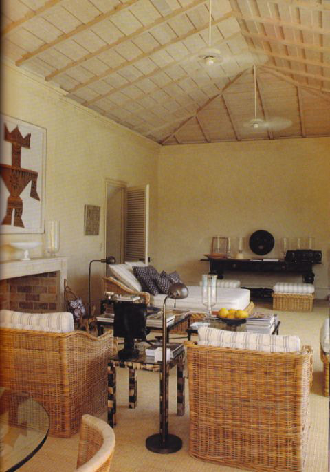 Master of style, Hubert de Givenchy utilised wicker in this understated, casual space.