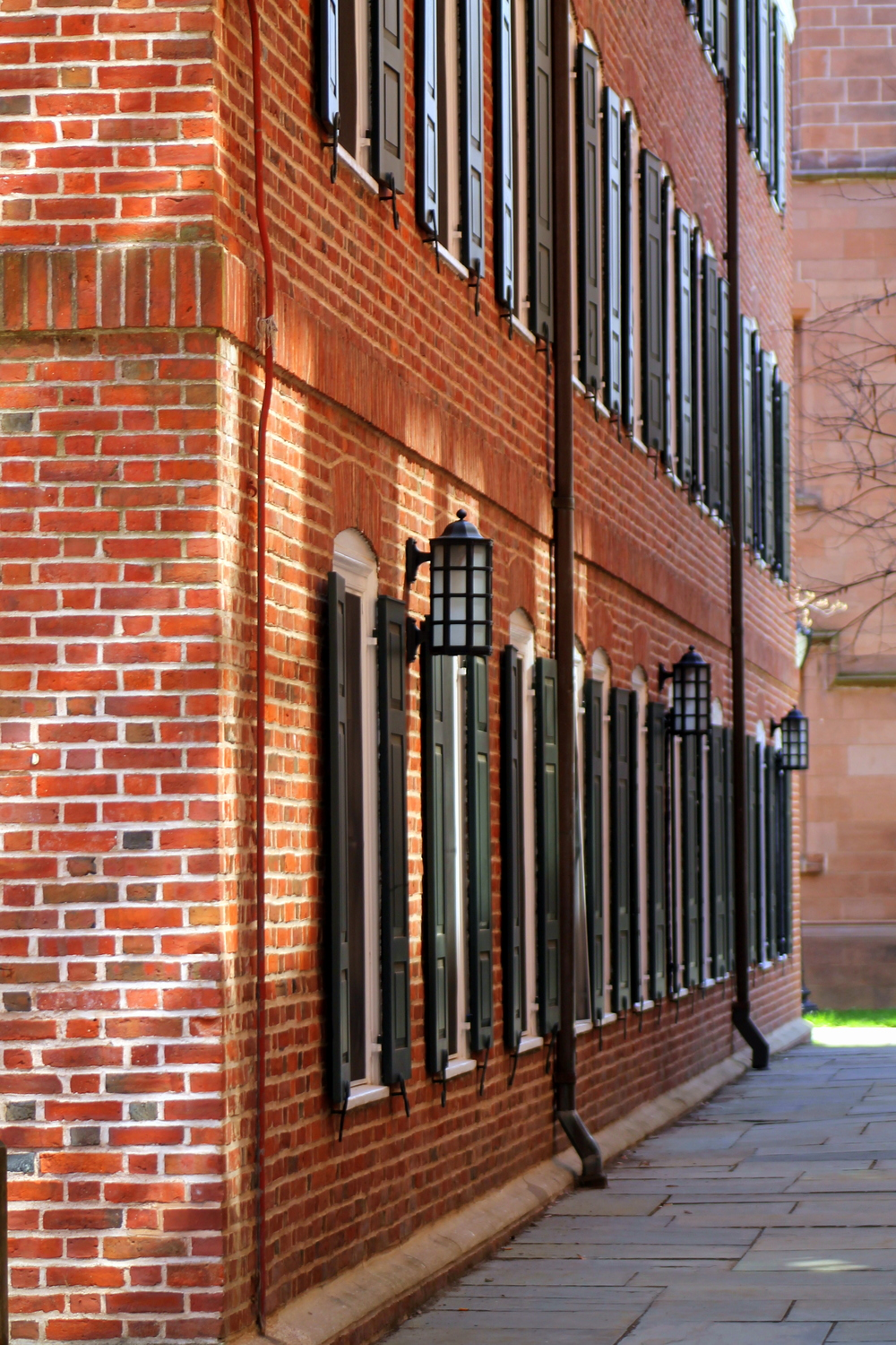 Yale University. Detail of Connecticut Hall. Image property Jessica Gordon Ryan
