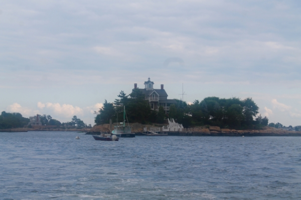 Enjoying the best of Connecticut's Gold Coast :: The Thimble Islands/Thimble Island Cruise The Entertaining House