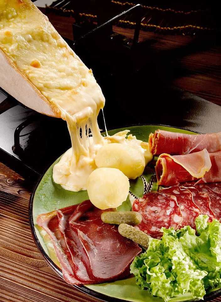 Raclette. Image via  Elle a Table,  France