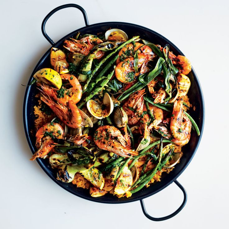 Paella Party 101 - The Entertaining House. Image via Yummly