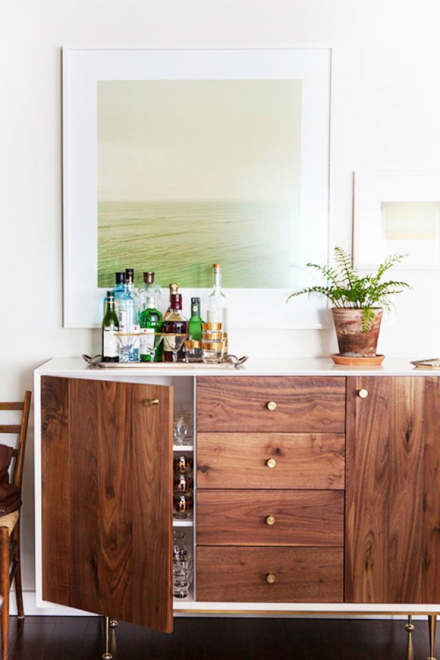 20 Stirring Ideas for Creating a Stunning at home Bar. Image Design Sponge