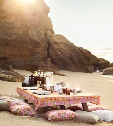 Picnic Time. Image via Chic Deco