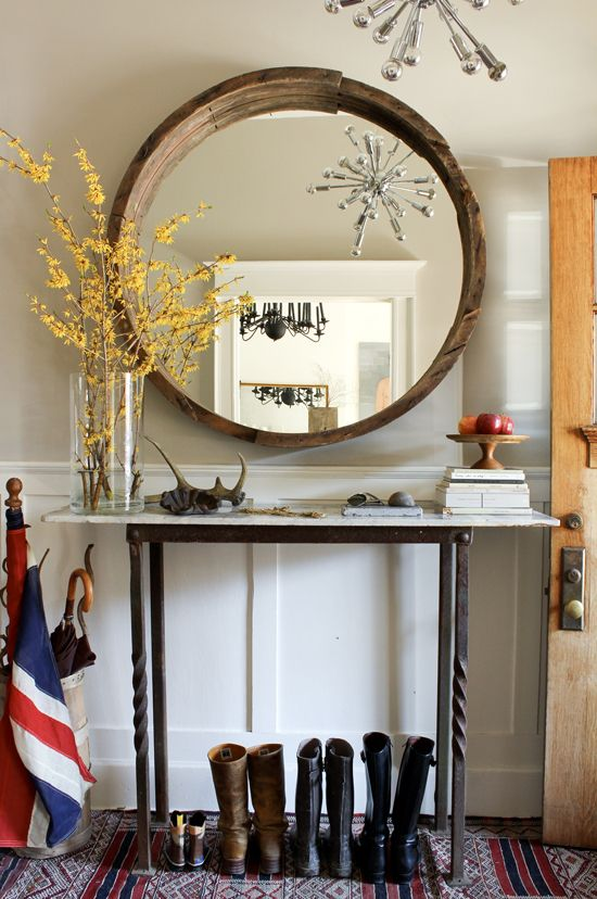 Through the Looking Glass :: Mirrors in Home Decor. Image via Marion House