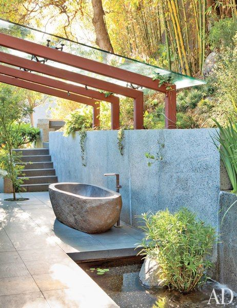 Soaking up nature :: 12 Stunning outdoor baths - Image via Architectural Digest