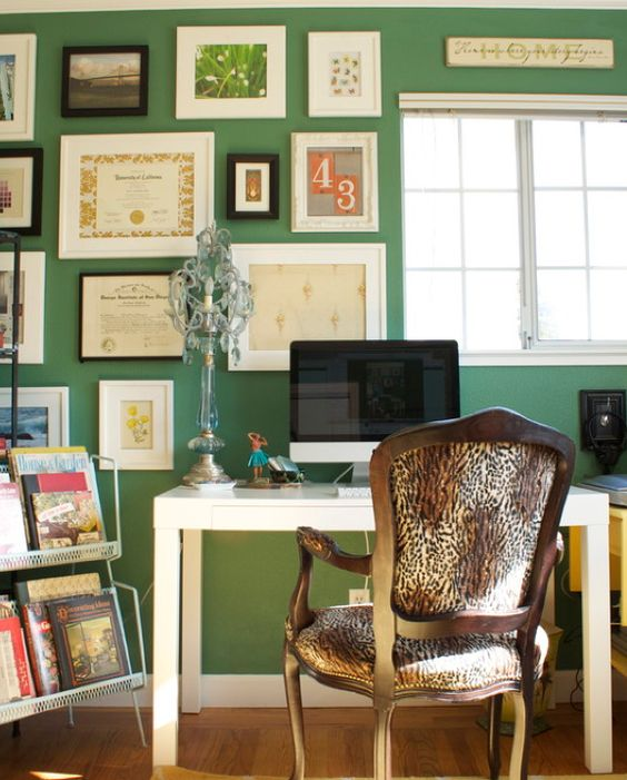 Pantone's Color of the Year gets a Green Thumbs Up!  Image via Amo Decor