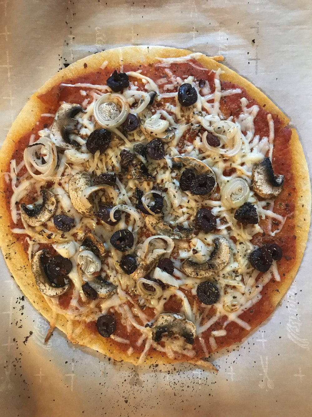 Product Review :: Trader Joe's Cauliflower Pizza Crust. Image via The Entertaining House
