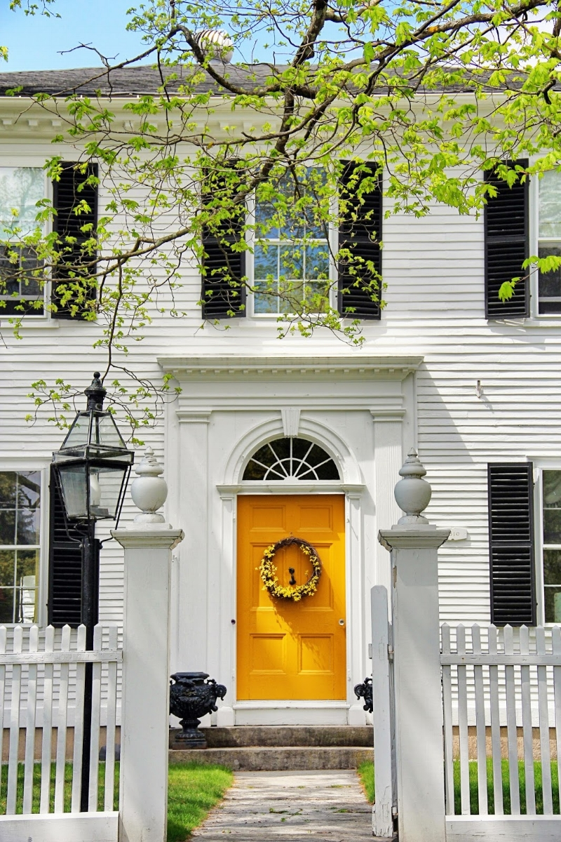 Desired and Inspired :: White House Splendor.. Image via  New England Living