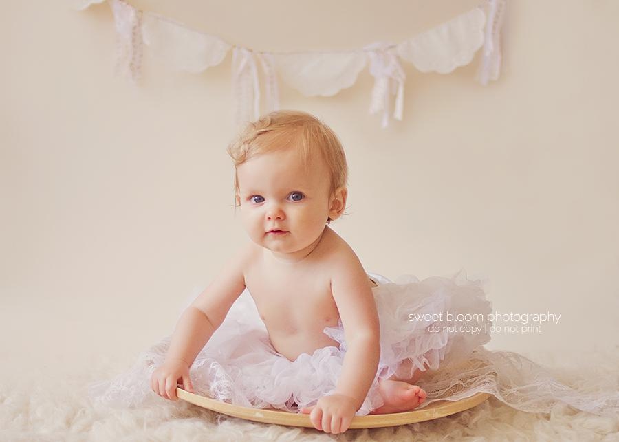 dayton ohio baby photographer lucy 9 months 1.jpg