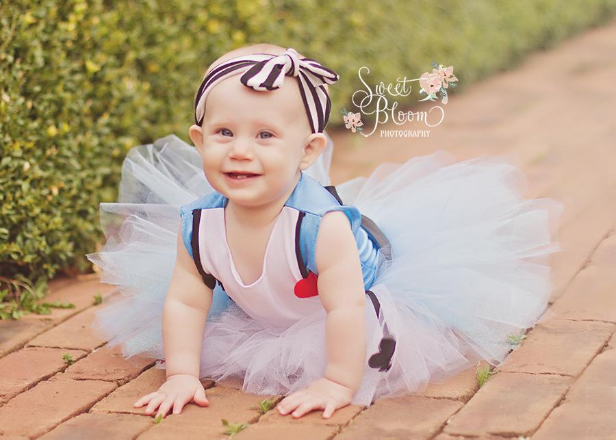 cincinnati ohio baby photography alice in wonderland session zooey 1st birthday 4.jpg