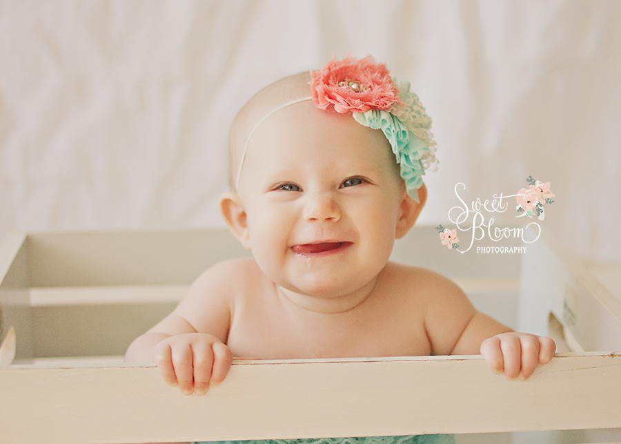 cincinnati ohio baby photography studio zooey 6 months 4.jpg