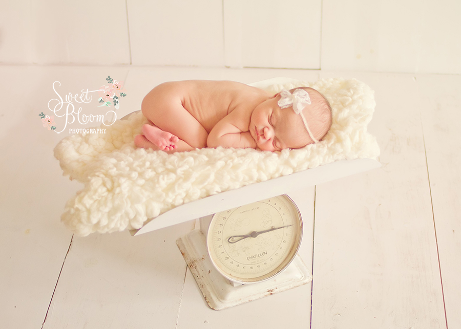 dayton ohio newborn photography studio emma 4.jpg