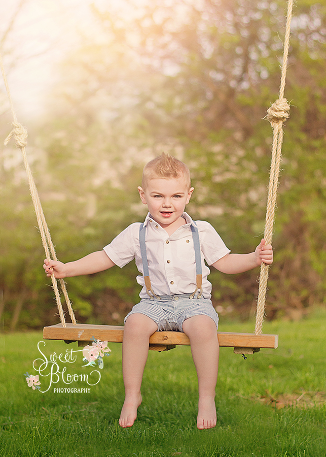 Dayton Ohio Swing Mini Sessions | Sweet Bloom Photography | www.sweetbloomphotography.com