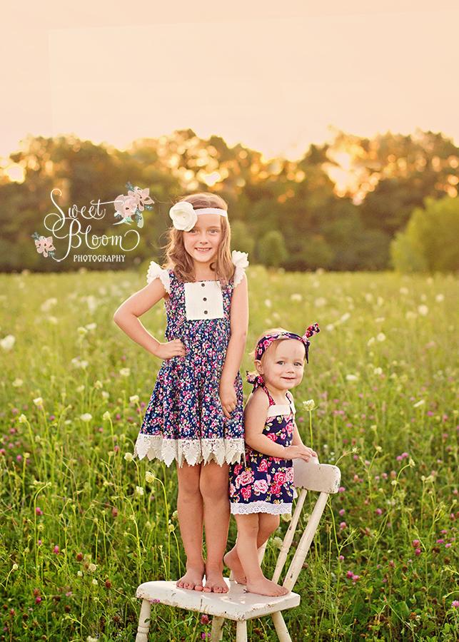 Dayton Ohio Child Photographer Sisters | Sweet Bloom Photography | www.sweetbloomphotography.com