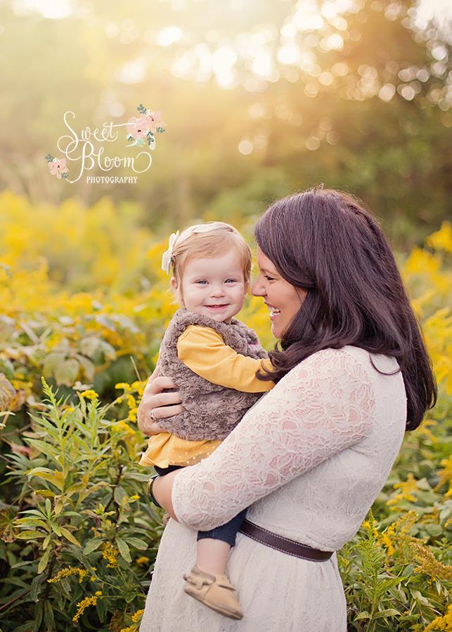 Springboro Ohio Baby Photography Session | Sweet Bloom Photography | www.sweetbloomphotography.com