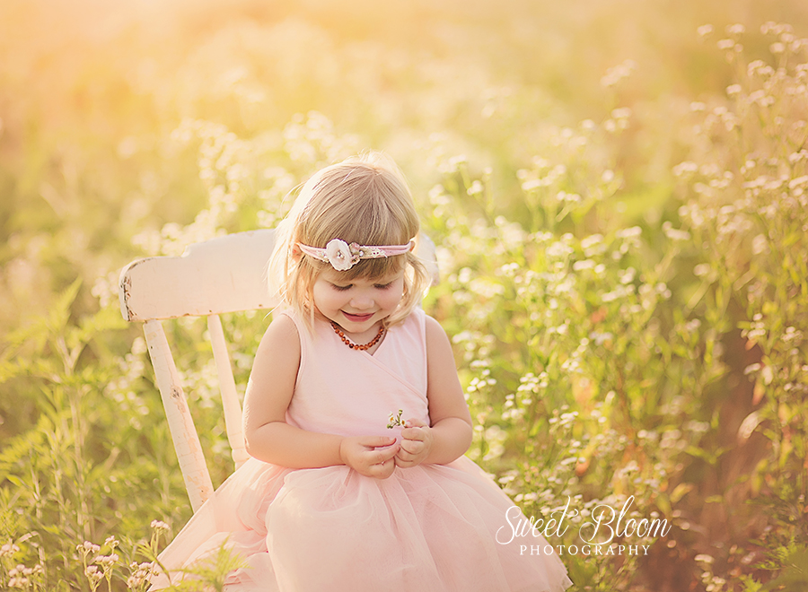 Child Photographer in Dayton Ohio | Sweet Bloom Photography | www.sweetbloomphotography.com