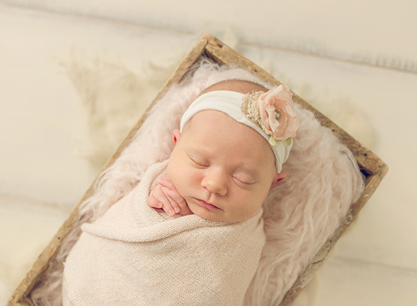 Newborn Photographer Central KY 1.jpg