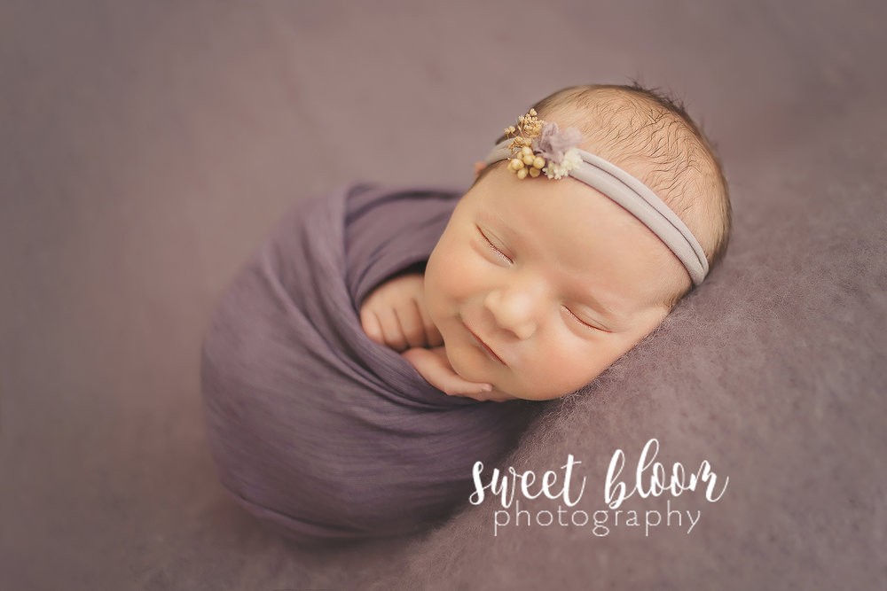 lexington ky newborn photographer smiles.jpg