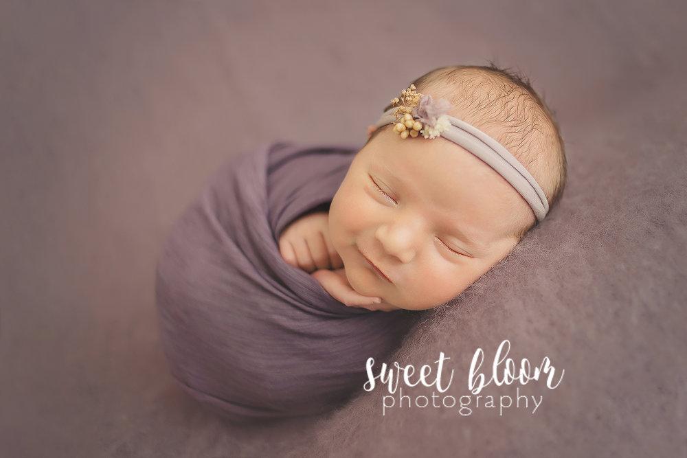lexington ky newborn photographer smiles.jpg