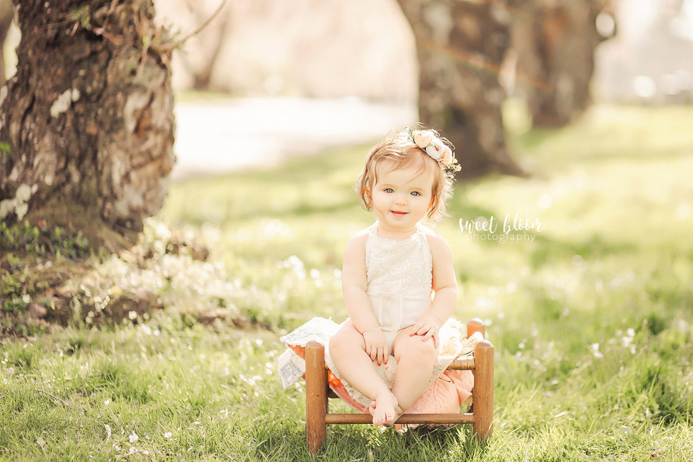 Lexington Kentucky Baby Photographer Rainbow Baby.jpg