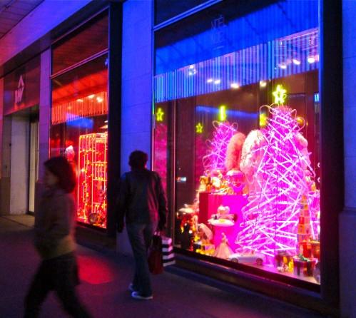 Castelbajac-BHV-Noel-illuminations-3.jpg