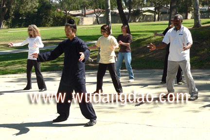 Wudang 5 Animal Qi Gong Class in CA 2007  b