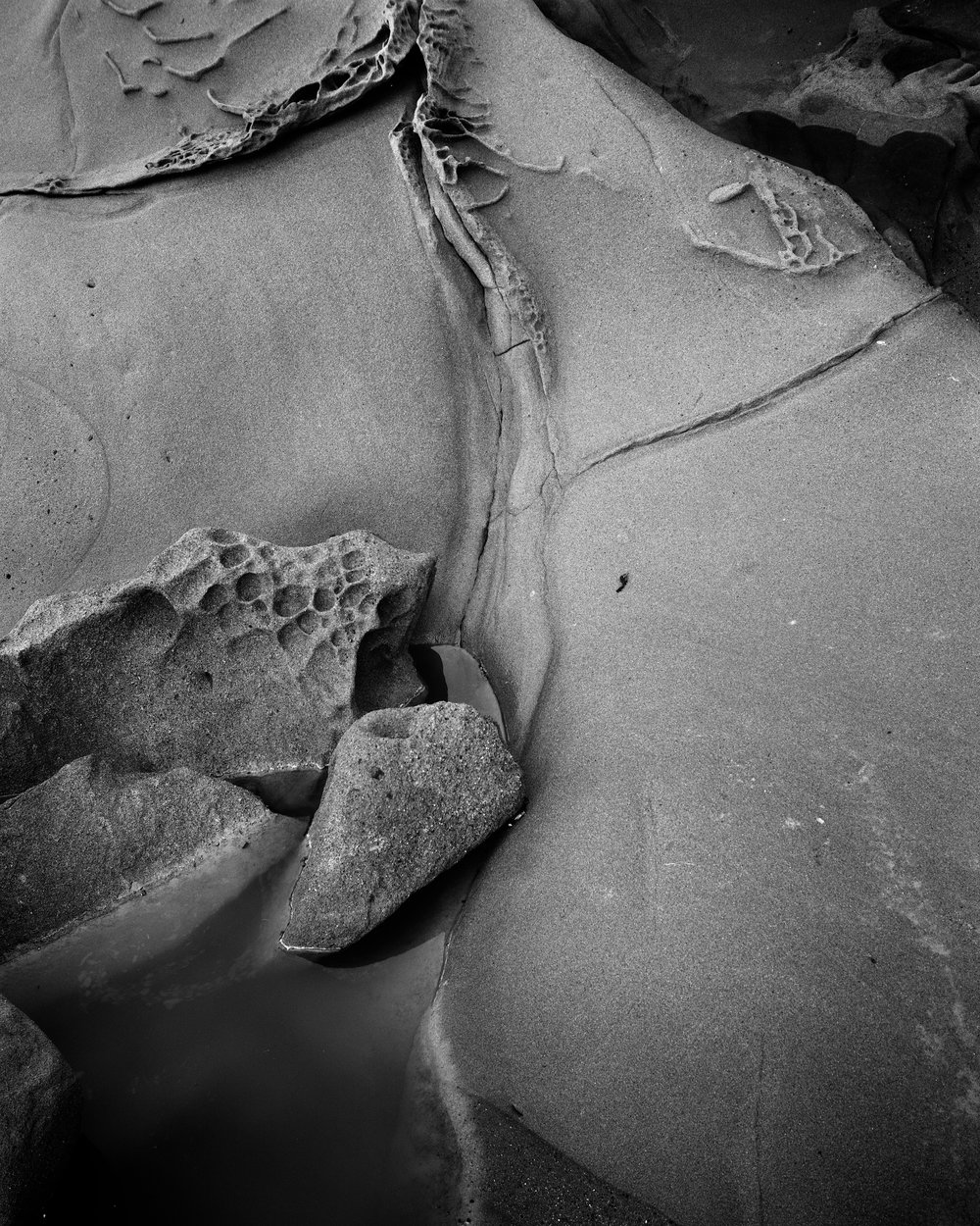 Bean Hollowed Sandstone Detail. Nagaoka 4x5, Fujinon 125mm f/5.6, Ilford Delta 100