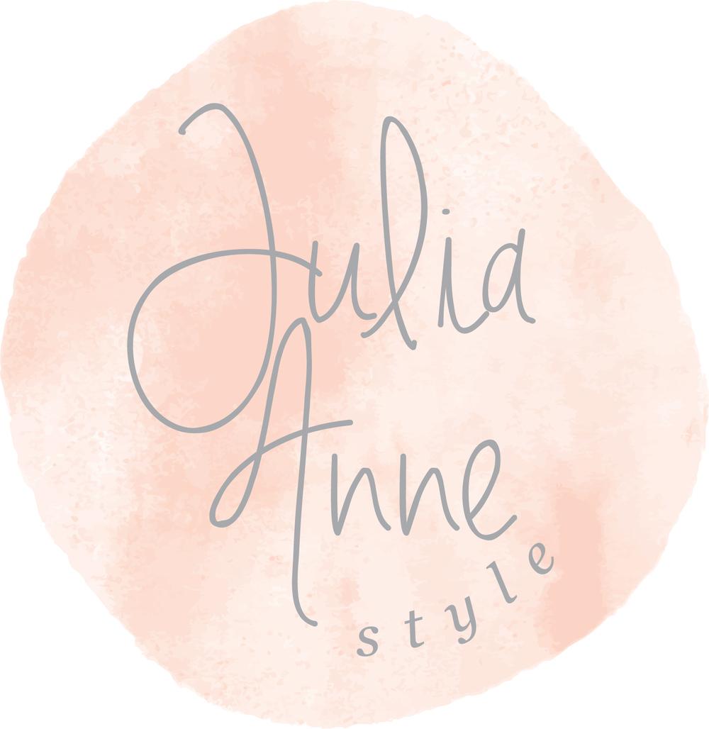 Julia Anne Style