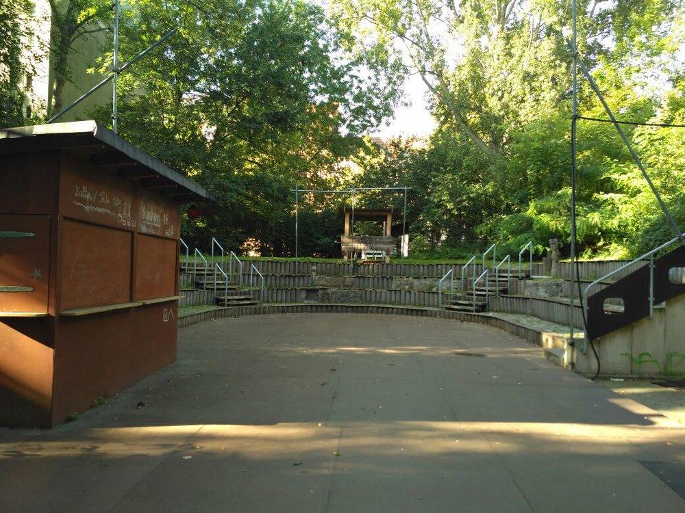 Kindertheater Coq au Vin 8.jpg