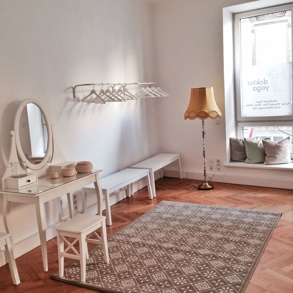 doktor yoga in Vienna: our spacious changing rooms