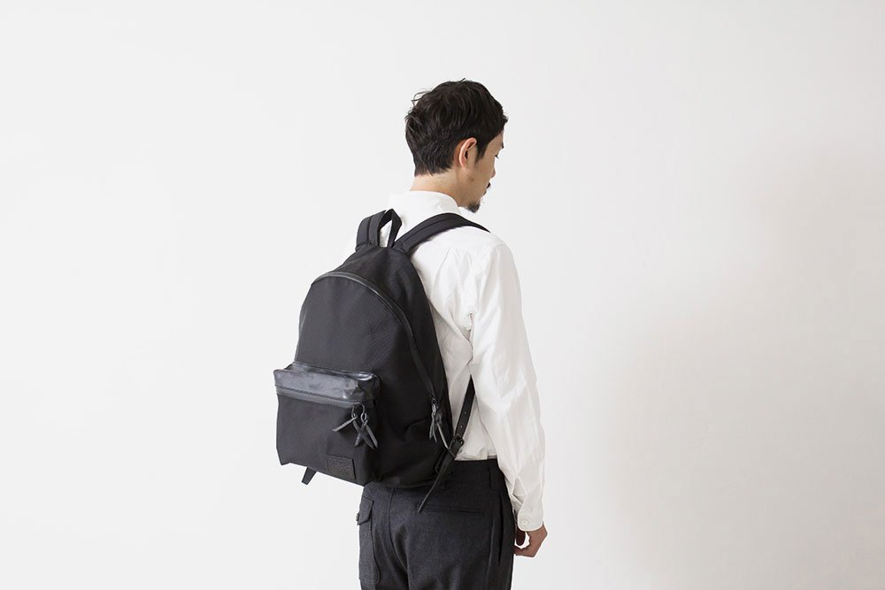 nanamica-triple-black-bag-collection-2.jpg