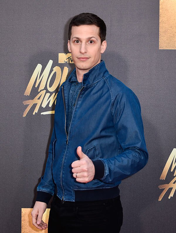 andy-samberg-mtv-movie-awards-2016-mens-fashion.jpg