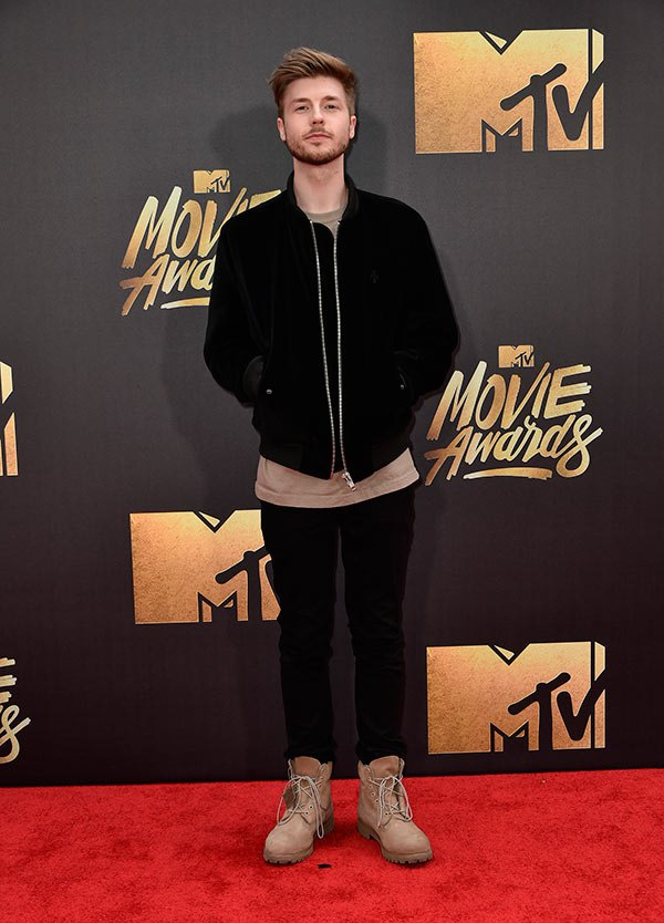 lido-mtv-movie-awards-2016-mens-fashion.jpg