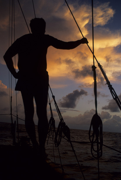 Photo credit: http://www.hokulea.com/education-at-sea/polynesian-navigation/polynesian-non-instrument-wayfinding/