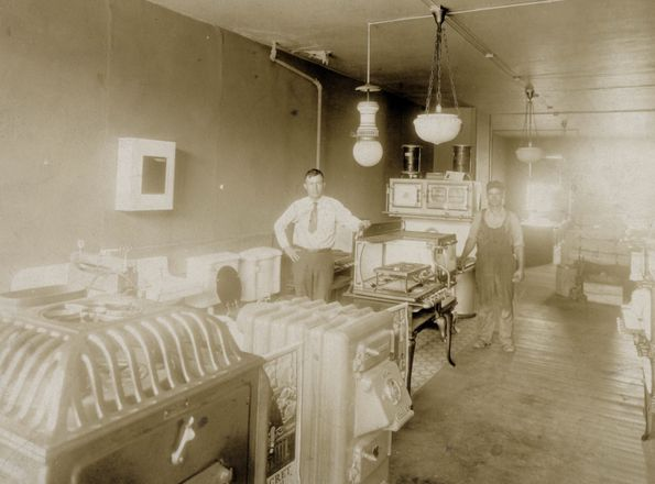 Chandler & Goetz Hardware (1898-1908)