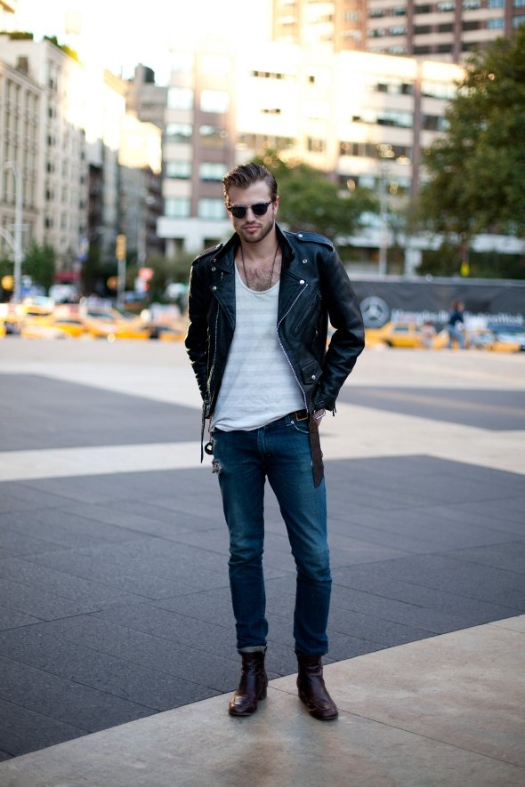 white-v-neck-jeans-leather-jacket-new-york-fashion-week-mens-street-style-lincoln-center-september-2012-final.jpg