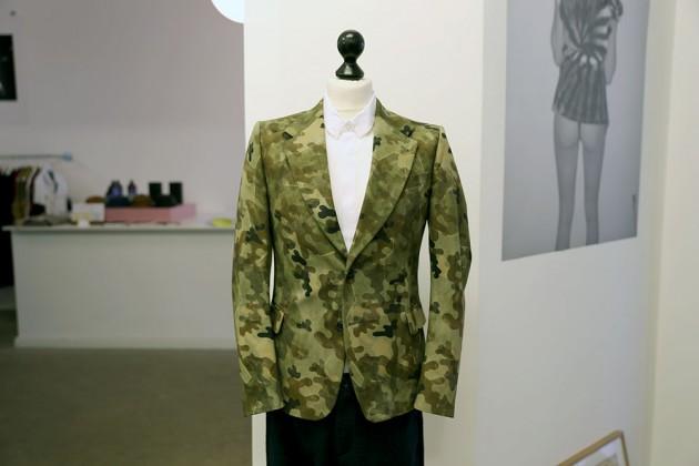 dries-van-note-ss13-camo-blazer-1-630x420.jpg