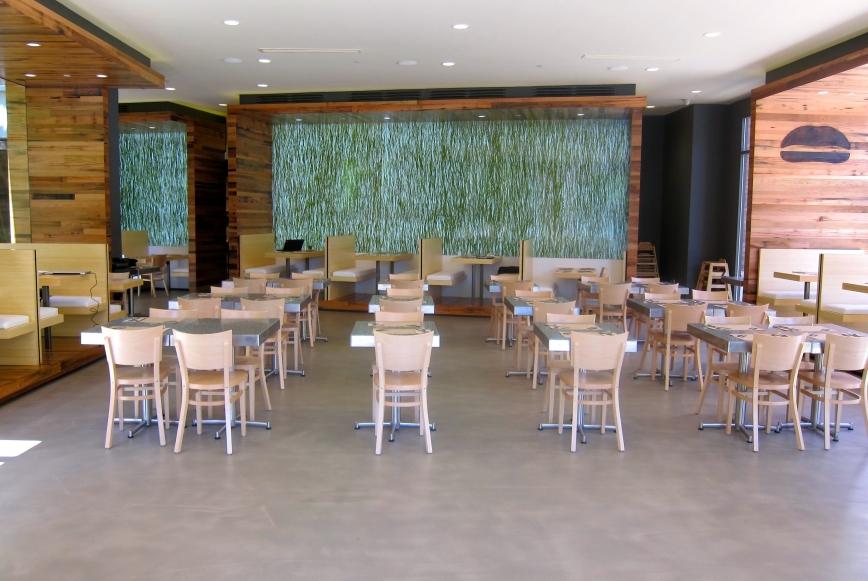 Umami-Burger-at-the-Grove.jpg