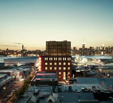 50-blog_new-york-city-guide-top-10-bars-for-frequenting_wythe-hotel1-450x412.jpg