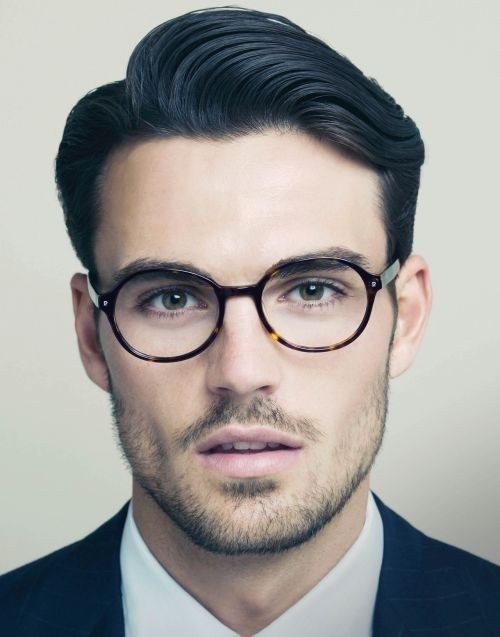 Hairstyle-trends-for-men-2014-2015-side-parted-gentlement-classy-look-6.jpg