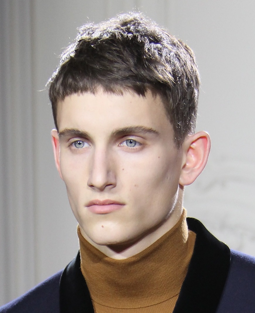 Short-Messy-Hairstyles-For-Men-14.jpg