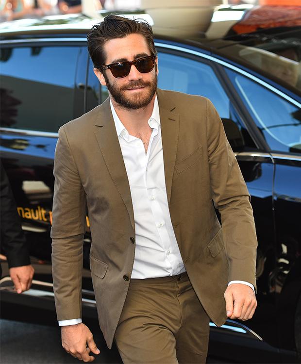 details-jake-gyllenhaal-style-2015-lead.jpg