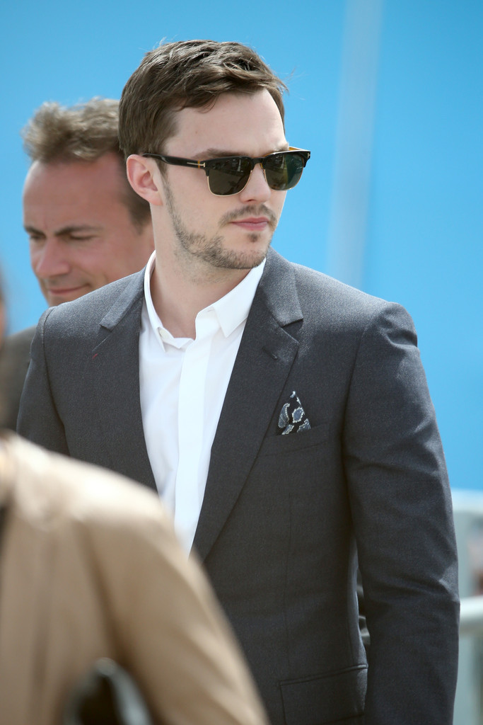 Nicholas-Hoult-Cannes-2015-Picture-Tom-Ford-Sunglasses.jpg
