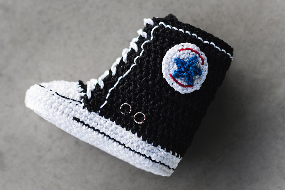 crochet-sneakers-picasso-babe-02.jpg